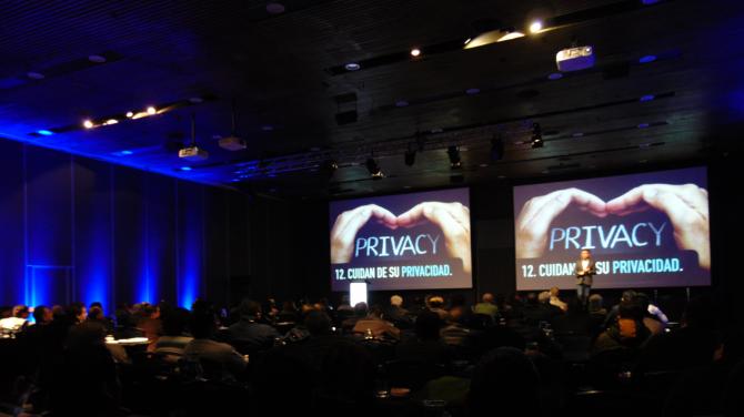 andres_silva_arancibia_speaker_marketing_digital_transformación_cx_conferencias_charlas