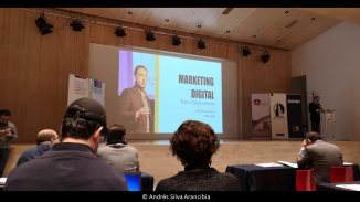 andres-silva-arancibia-marketing-digital-estrategia-transformación-seminarios-charlas-conferencias-talleres-eventos-congresos-experto-speaker-autor-zofri-iqq