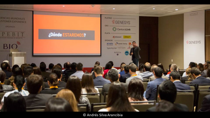 andres-silva-arancibia-marketing-digital-estrategia-transformación-seminarios-charlas-conferencias-talleres-eventos-congresos-experto-speaker-autor-lima-cx-summit-1