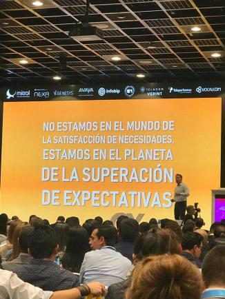 andres silva arancibia, marketing digital, CX, congreso, seminarios, charlas, conferencias, eventos, bogota, CXSummit, 2019, speaker, experto, omnicanalidad, iot