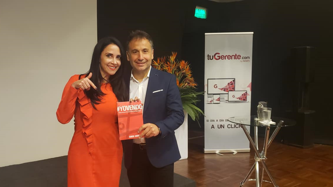 andres-silva-arancibia-keynote-speaker-marketing-digital-estrategia-transformacion-conferencias-seminarios-charlas-talleres-experto-autor-eventos,