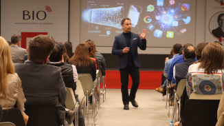 andres-silva-arancibia-flumarketing-perú-2019-keynote-speaker-conferencias-charlas-seminarios-marketing-digital-transformación-estrategia